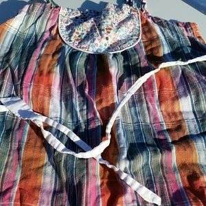Nice light weight cotton tie back babydoll top